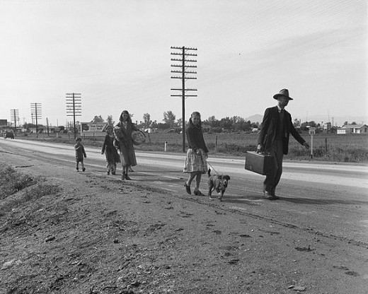 Homless family walks from Phoenix to San Diego in hope of gaining employment in The Great Depression (US 99. Near Brawley, Imperial County).
