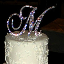 Beautify Your Wedding Cake Make Your Own Monogram Cake Topper