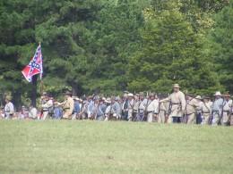 Confederates approaching Ft Davison at the foot of Pilot Knob