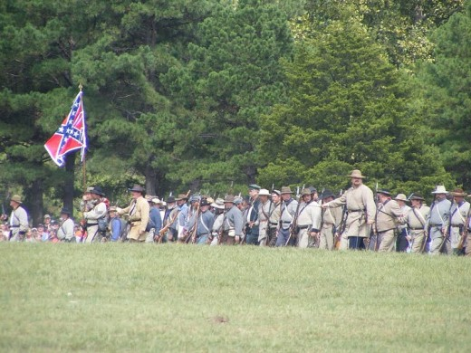 Confederates approaching Ft Davison at the foot of Pilot Knob