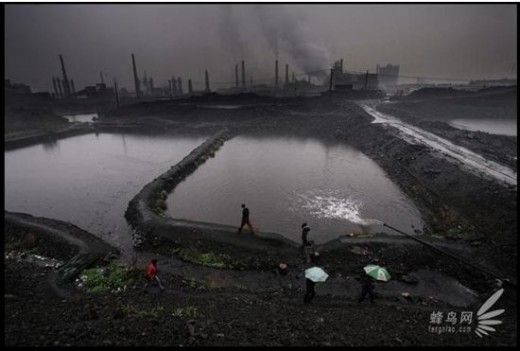 Longmen town in Hanchen city, Shaanxi Province has large-scaled industrial development. Environment is very seriously polluted there. April 8, 2008