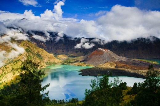 Beauty Mount Rinjani and Lake