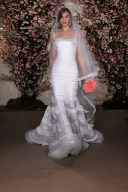 Свадебные платья весна 2012 от Oscar de la Renta!