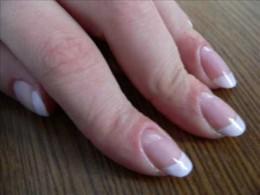 Chevron French Manicure