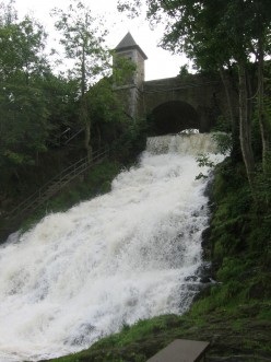 Secondary waterfall at Coo