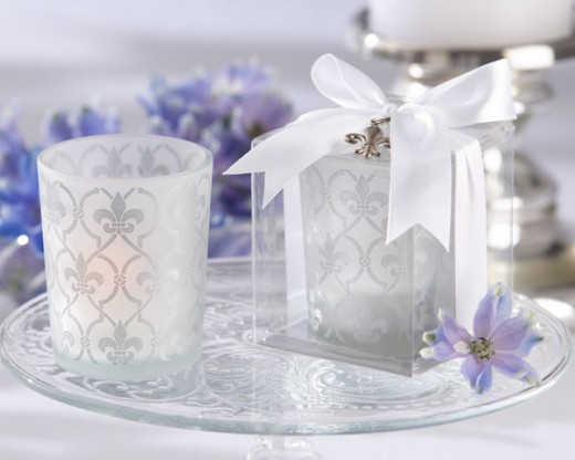 Damask Tealight candle holders can be added to the tribute tables