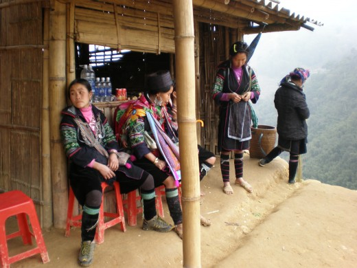 Hill Tribe Women, Hoang Lien Mountains, Sapa, Vietnam.