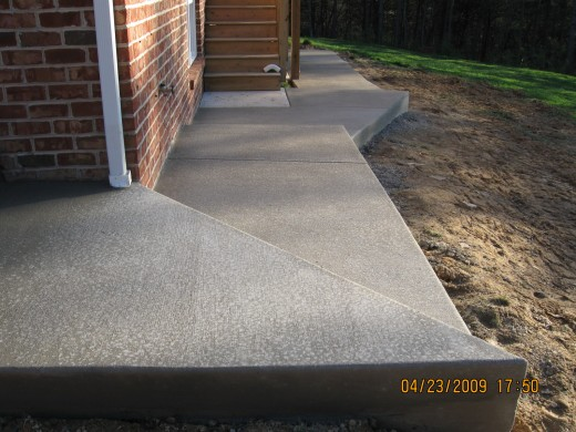 Pouring A Concrete Patio With Attached Sidewalk Around The