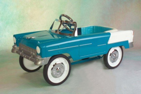 Reproduction1955 classic pedal car. Image from PedalCarPlanet.com