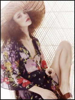 70's women fashion makes it's comeback this Spring/Summer 2011