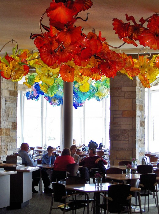 Chihuly Sculptor Adorn Meijer Gardens Restaurant