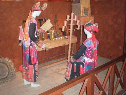 Traditional Peasant 's Costumes, Hanoi's Ethnology Museum, Vietnam
