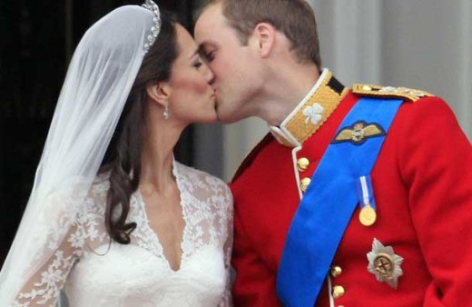 William and Kate - the famous Palace Balcony Kiss