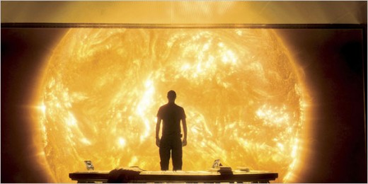 A stunning & mind blowing effects shot from Sunshine.