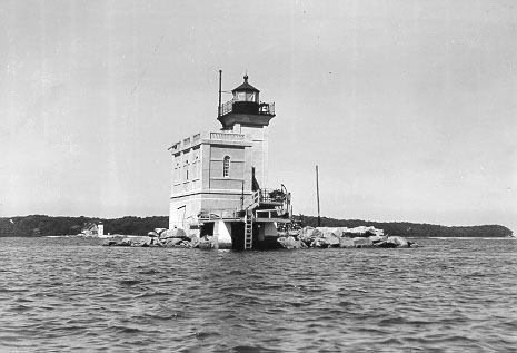 Renamed Huntington Lighthouse.
