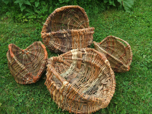 An example of the type of baskets that the bawsket-weaving postman may well have weaved in his weaving days.