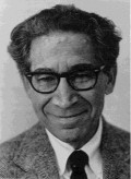 Social Psychology: Applying Leon Festinger's Theory of Cognitive Dissonance