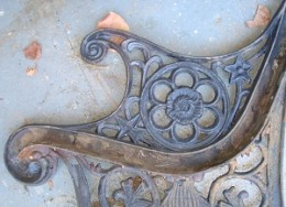 See the rust and dirt built up on the cast iron end of the bench
