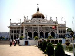 The main building of Chhota Imam Bargah