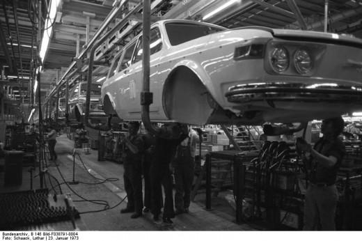 Production line of the Type 4 Volkswagen