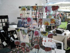 Lanee Marie's Earring Display at Day in the Shade, Templeton, 2011. Unfortunately, there was no backing behind this, just the rest of the booth, or the next booth.