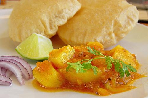 Poori with Potato Paliya