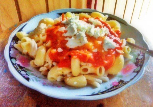 ~ Feta Cheese Pasta with a Tomato, Onion & Garlic sauce ~