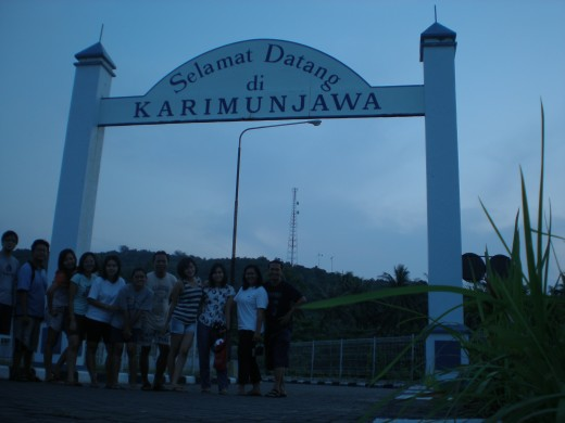 """Selamat Datang Di Karimunjawa/Welcome to Karimunjawa""."