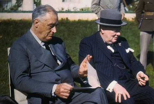Roosevelt and Churchill meet in Casablanca