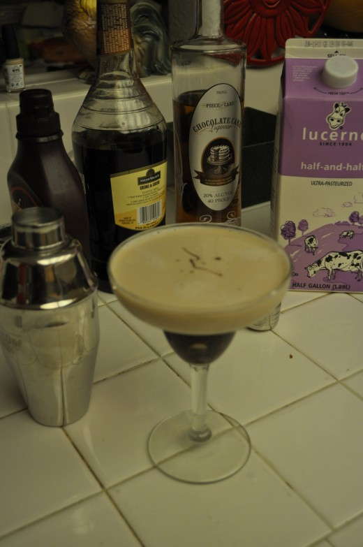 With a few ingredients and a shaker, you can be making fresh chocolate martinis in the comfort of your own home.