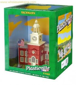 Today's retro Plasticville sets of prebuilt models from Bachmann.