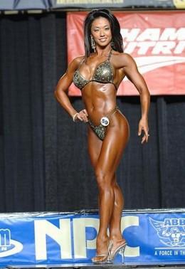 Liza Kampstra - Asian Fitness Competitors