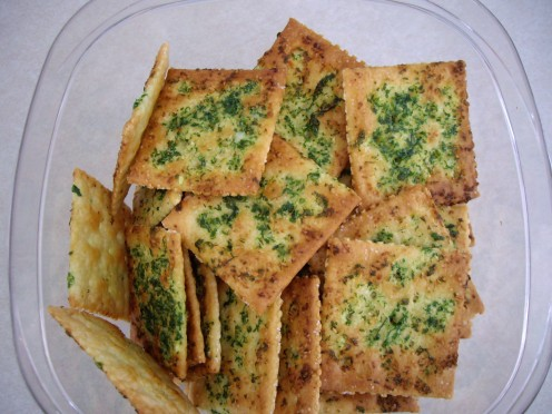 Garlic Saltines