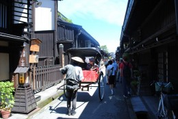 Narrow street of Sanmachi Suji.
