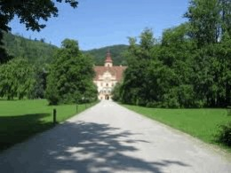 The entrance to Eggenberg with the castle in the background.