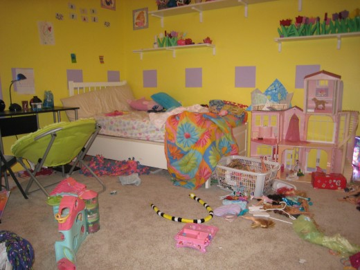 My daughters room before we rescued it.