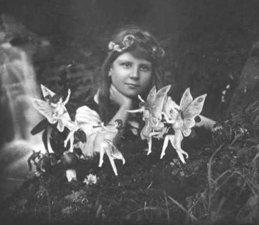 2nd photo of Frances with the Cottingley Fairies