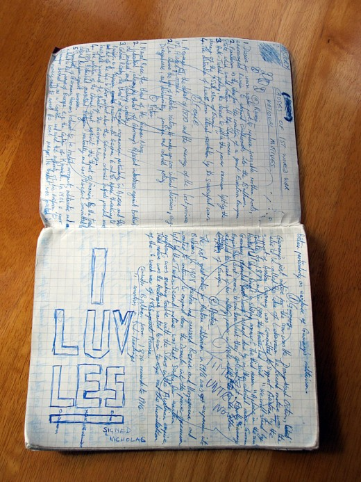 "Old School Book: ""I LUV LES"""