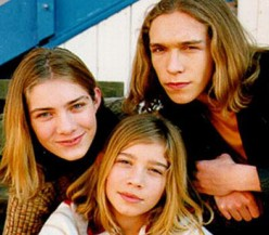 Hanson. Some people thought Taylor (far left) was a girl