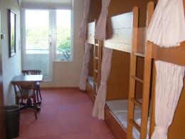 Room in youth hostel - Osaka.