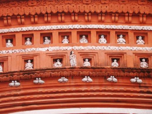 Close up of the facade of the Lakshmi Narayan temple