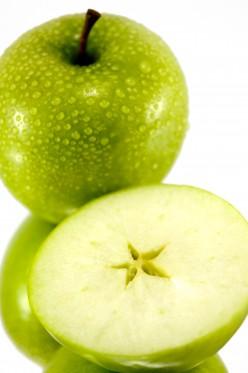 Reveal the secret star hidden inside each apple! RFL