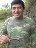 Gustavo Sporting Poisonous Worm