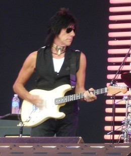 Jeff Beck performing at the Crossroads Guitar Festival 2007