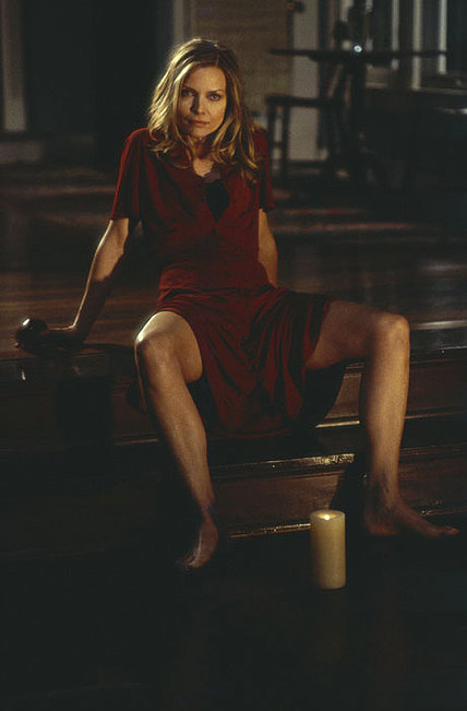 Michelle Pfeiffer as the possessed Claire Spencer.