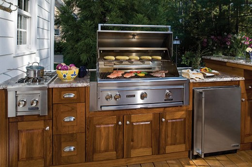 Enjoy a meal prepared, cooked and served outdoors in your new outdoor kitchen