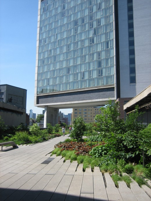The swank Standard Hotel, all midcentury style, was built to overlook the High Line Park