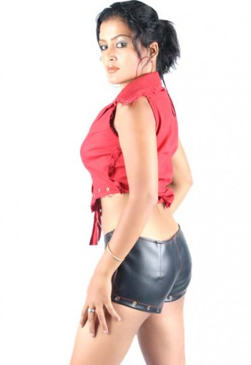 http://picspulse.blogspot.com Model Rekha Thapa Photos