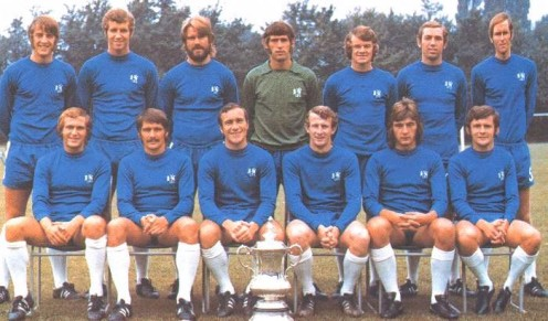 Chelsea with the FA Cup in 1970 (Marvin Hinton is second from right on the top row)