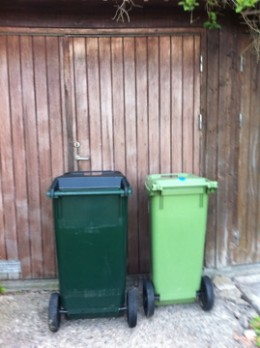 The bigger garbage bin looks quite normal on the outside but not on the inside!